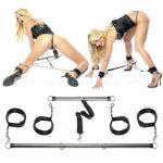 Металлические распорки для рук и ног Spread Em Bar &amp^ Cuff Set